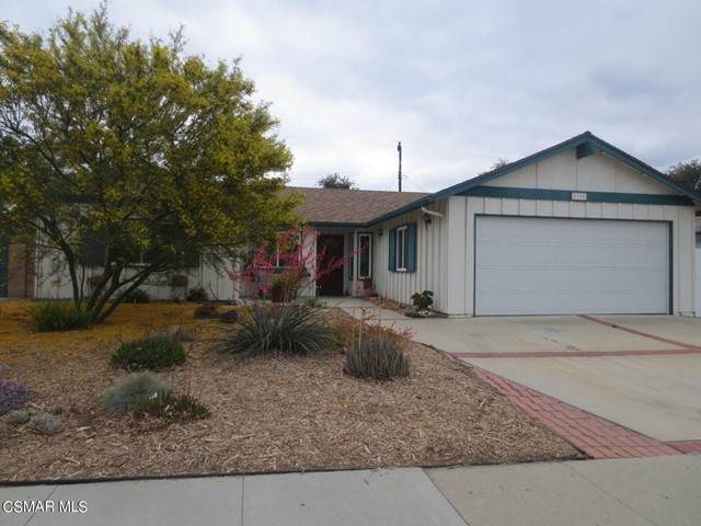 2190 Royal Avenue, Simi Valley, CA 93065 (#221003104) :: Angelo Fierro Group | Compass