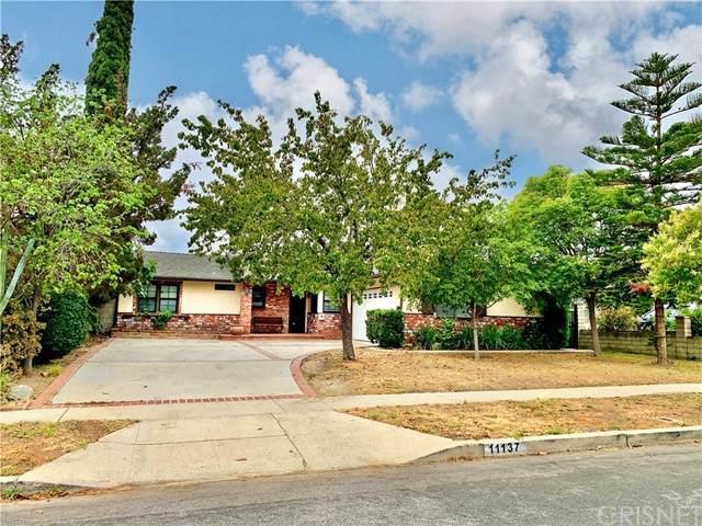 11137 Gaviota Avenue, Granada Hills, CA 91344 (#SR21122900) :: Berkshire Hathaway HomeServices California Properties