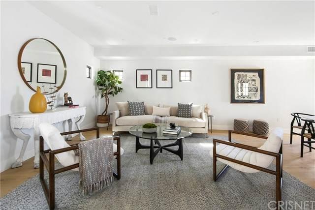 736 N Parkman, Silver Lake, CA 90026 (#SR21125074) :: Montemayor & Associates