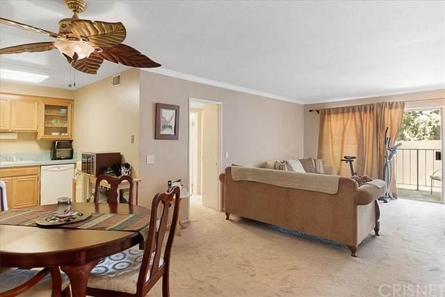 500 Jackson Place #103, Glendale, CA 91206 (#SR21125492) :: Montemayor & Associates