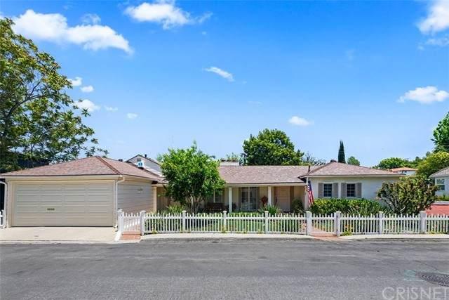 13433 Galewood Street, Sherman Oaks, CA 91423 (#SR21125798) :: Compass