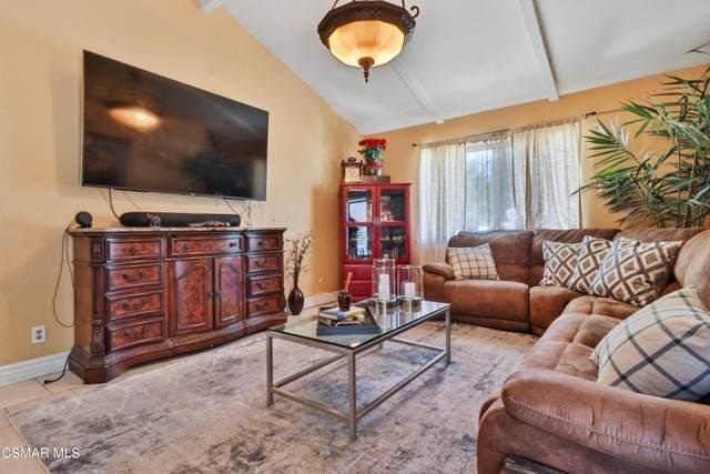 3136 E Avenue Q16, Palmdale, CA 93550 (#221003181) :: Lydia Gable Realty Group
