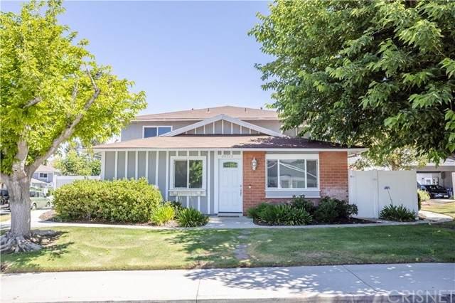 20713 Dot Street, Saugus, CA 91350 (#SR21128004) :: Compass