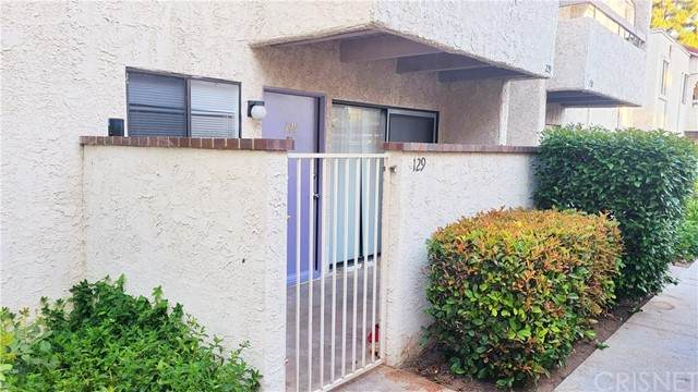 25011 Peachland Avenue #129, Newhall, CA 91321 (#SR21125454) :: Montemayor & Associates