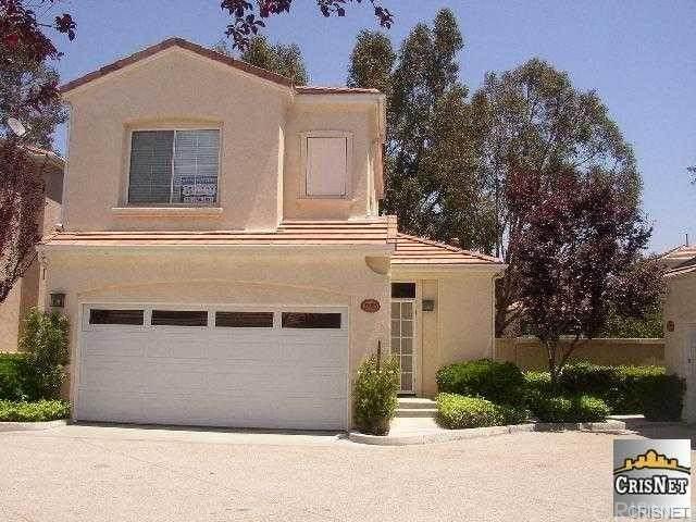 27923 Crown Court Circle #101, Valencia, CA 91354 (#SR21128699) :: Compass