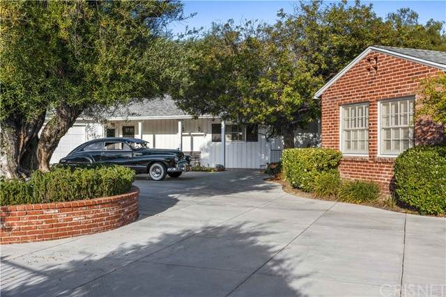 10500 Wystone Avenue, Porter Ranch, CA 91326 (#SR21128515) :: Montemayor & Associates