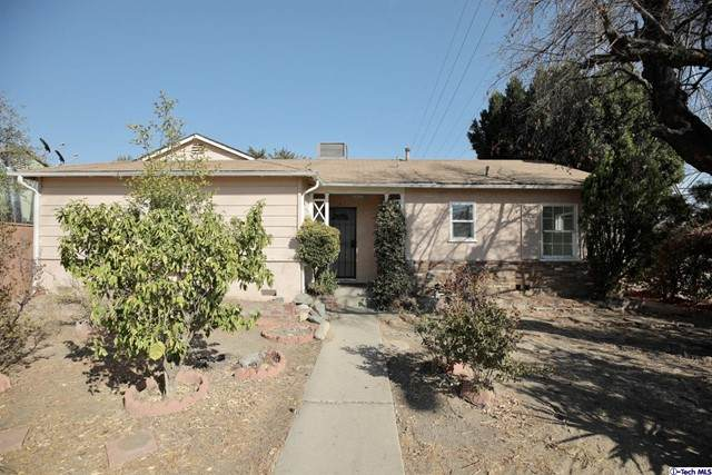 14300 Van Nuys Boulevard, Arleta, CA 91331 (#320006483) :: Montemayor & Associates