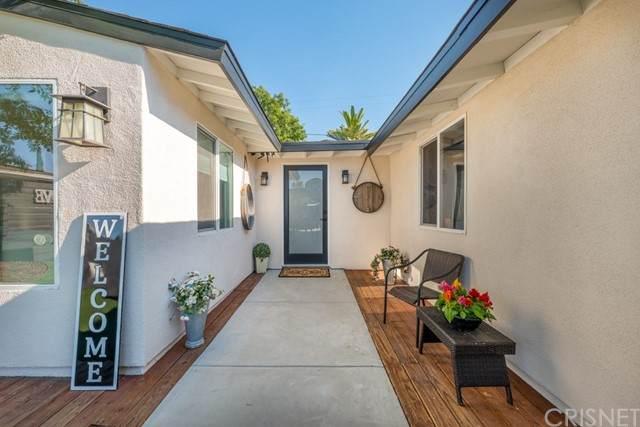 20308 Mobile Street, Winnetka, CA 91306 (#SR21128877) :: Montemayor & Associates