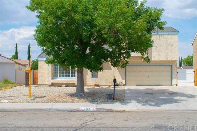 3121 Larwood Street, Lancaster, CA 93536 (#SR21131828) :: TruLine Realty