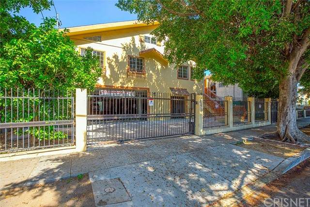 6824 Radford Avenue, North Hollywood, CA 91605 (#SR21131909) :: Angelo Fierro Group | Compass