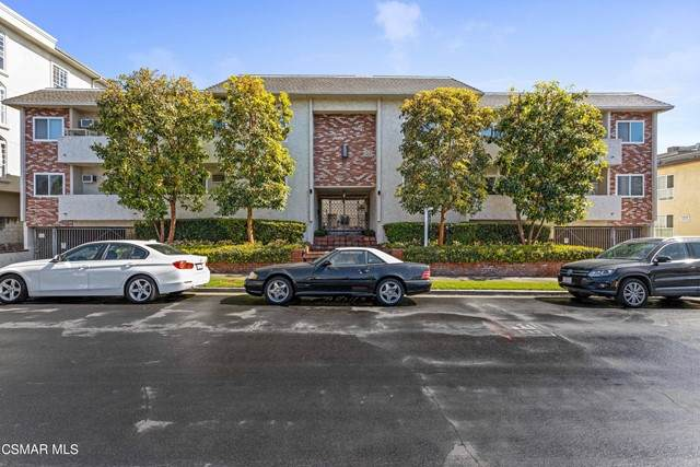 1712 Colby Avenue #104, Los Angeles, CA 90025 (#221003306) :: TruLine Realty