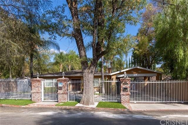 22209 Dolorosa Street, Woodland Hills, CA 91367 (#SR21131805) :: Montemayor & Associates