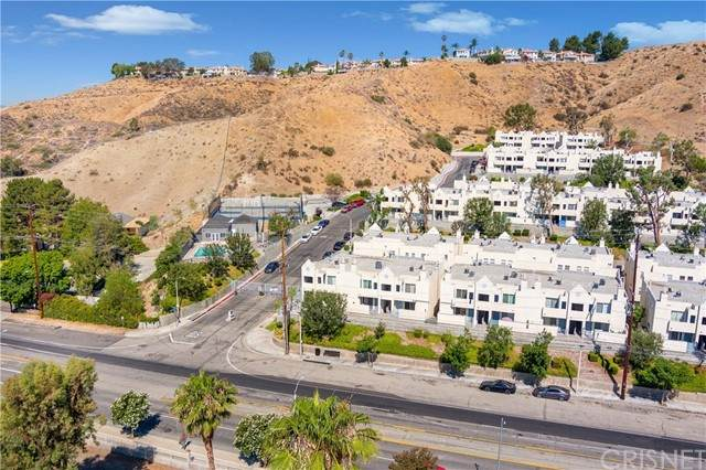 18209 Sierra Highway #17, Canyon Country, CA 91351 (#SR21112484) :: Randy Plaice and Associates