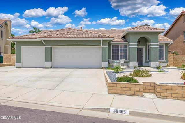 40365 Encanto Place, Palmdale, CA 93551 (#221003347) :: The Grillo Group