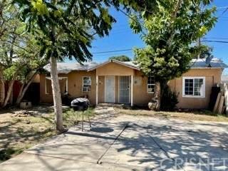 118 Roberts Lane, Bakersfield, CA 93308 (#SR21131819) :: Montemayor & Associates
