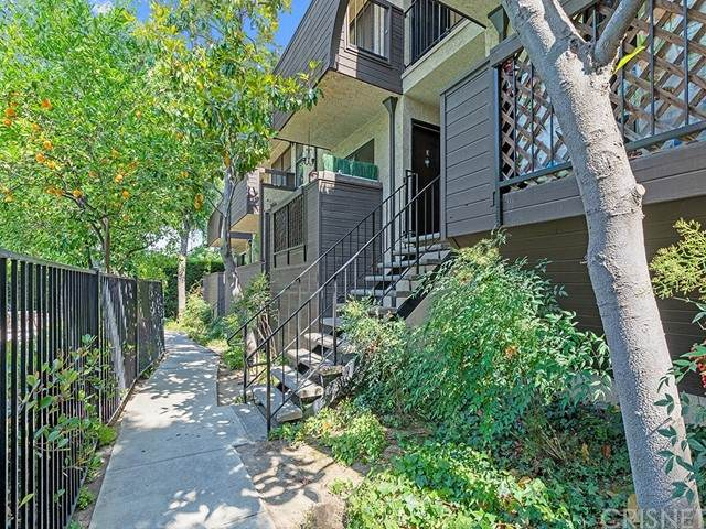 7304 Corbin Avenue G, Reseda, CA 91335 (#SR21133650) :: TruLine Realty