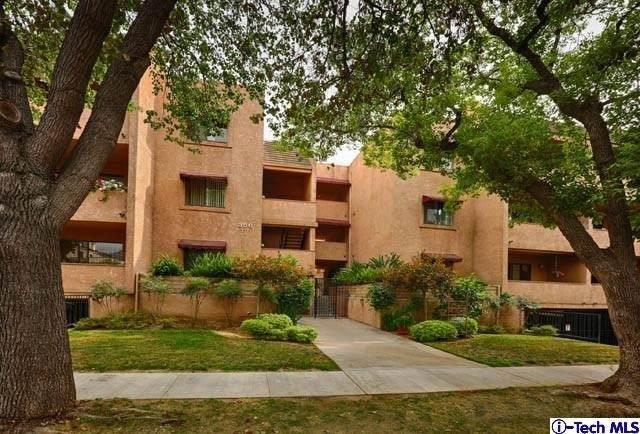 356 W California Avenue #2, Glendale, CA 91203 (#320006552) :: TruLine Realty
