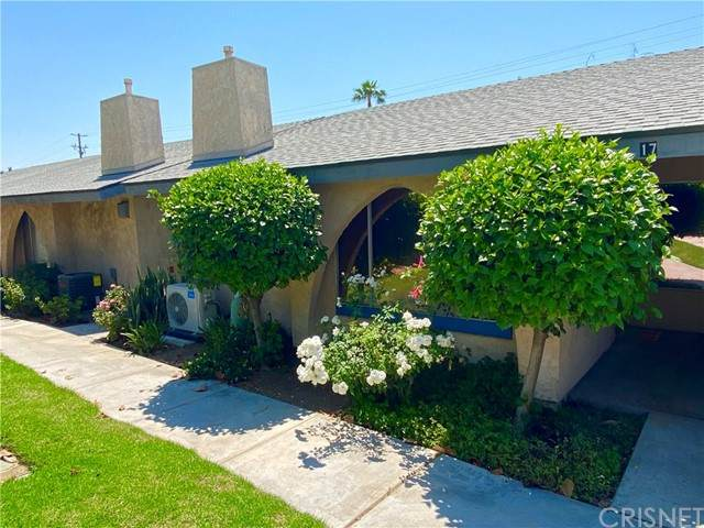 2891 Canyon Crest Drive #17, Riverside, CA 92507 (#SR21134923) :: TruLine Realty