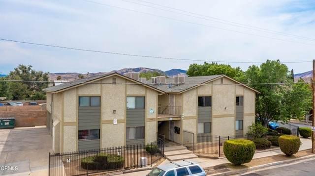 440 East Avenue, Palmdale, CA 93550 (#V1-6617) :: Montemayor & Associates