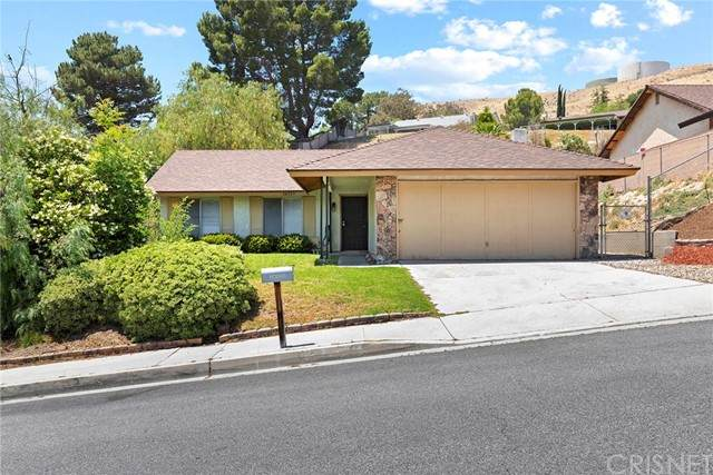 28535 Winterdale Drive, Canyon Country, CA 91387 (#SR21135961) :: The Grillo Group