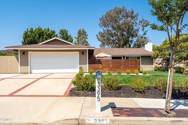 3395 Camino Calandria, Thousand Oaks, CA 91360 (#V1-6639) :: TruLine Realty