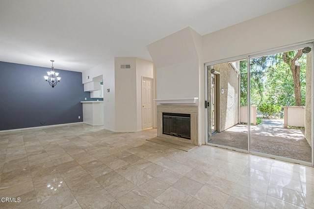 685 Parkside Court #107, Oak Park, CA 91377 (#V1-6652) :: Montemayor & Associates