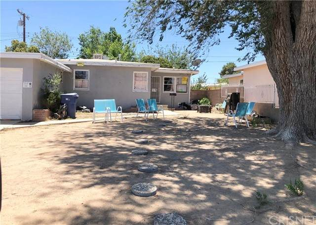 1832 E Avenue Q11, Palmdale, CA 93550 (#SR21136878) :: Randy Plaice and Associates