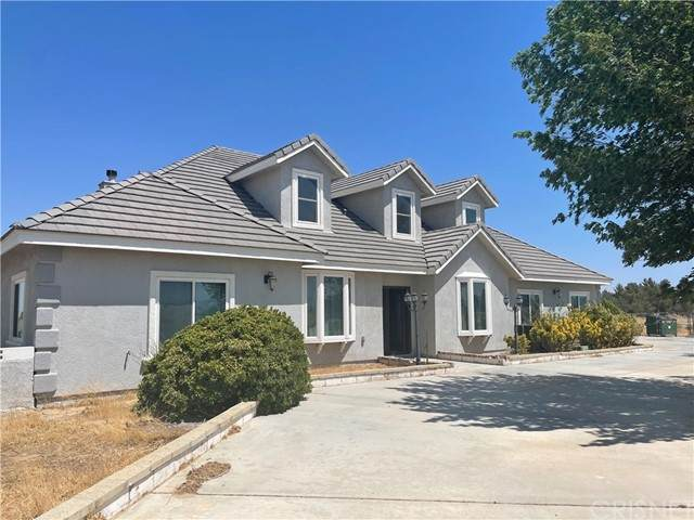 49616 85th Street W, Lancaster, CA 93536 (#SR21137367) :: The Grillo Group