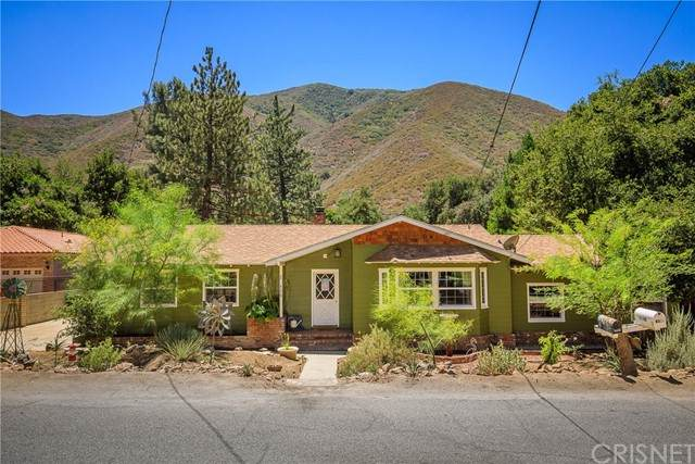 15806 Calle Hermosa, Green Valley, CA 91390 (#SR21144529) :: Montemayor & Associates