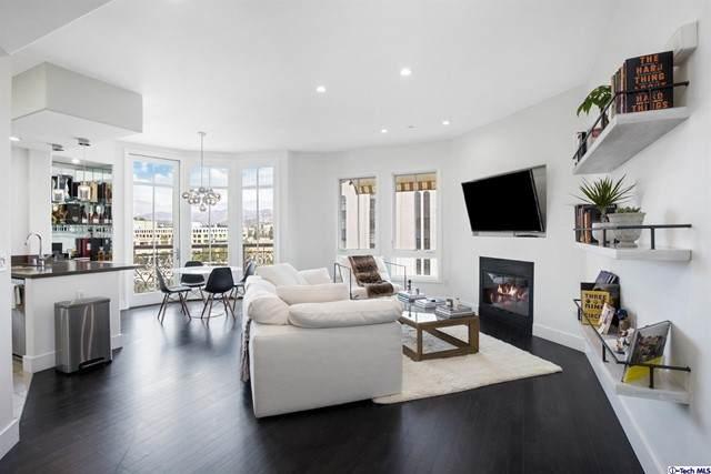 656 Caruso Avenue, Glendale, CA 91210 (#320006864) :: TruLine Realty