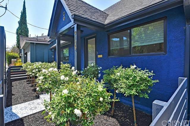9135 W 3rd Street, Beverly Hills, CA 90210 (#SR21157896) :: Angelo Fierro Group   Compass