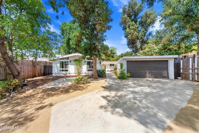 23125 Schumann Road, Chatsworth, CA 91311 (#221003982) :: Lydia Gable Realty Group