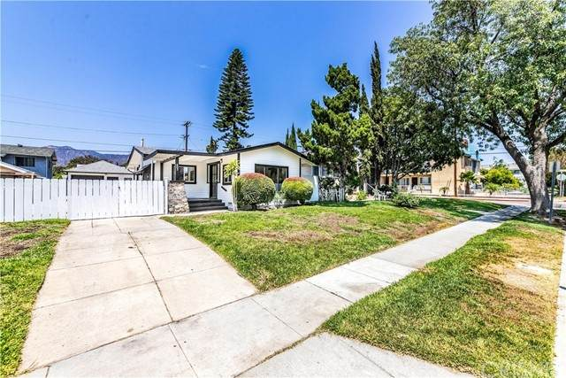 605 Alexander Street, Glendale, CA 91203 (#SR21159109) :: Berkshire Hathaway HomeServices California Properties