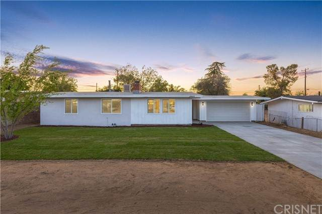 38871 Yucca Tree Street, Palmdale, CA 93551 (#SR21157786) :: Lydia Gable Realty Group
