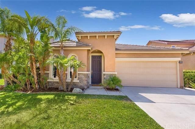 28427 Connick Place, Saugus, CA 91350 (#SR21159916) :: Montemayor & Associates