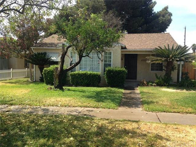 14813 Hagar, Mission Hills (San Fernando), CA 91345 (#SR21161356) :: Berkshire Hathaway HomeServices California Properties