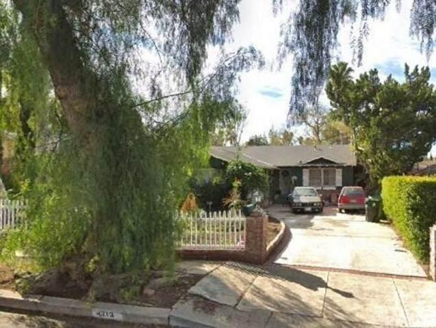 4713 Don Pio Drive, Woodland Hills, CA 91364 (#SR21161874) :: Berkshire Hathaway HomeServices California Properties