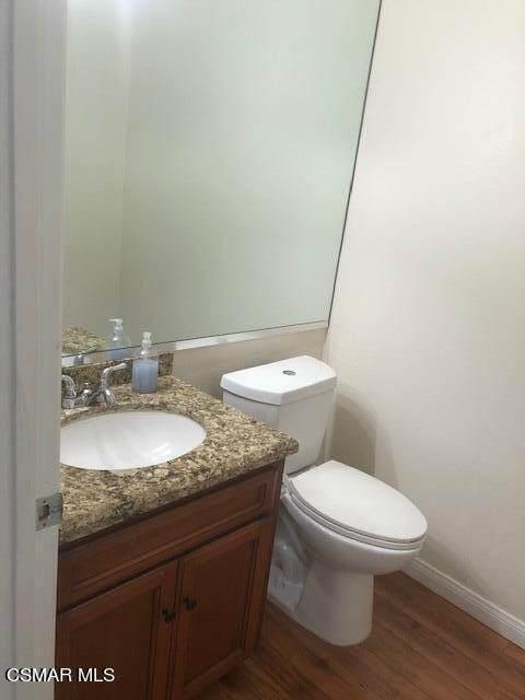4350 Stern Avenue #9, Sherman Oaks, CA 91423 (#221004083) :: Montemayor & Associates