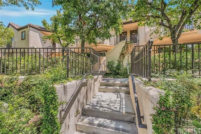 24105 Del Monte Drive #445, Valencia, CA 91355 (#SR21157037) :: Montemayor & Associates