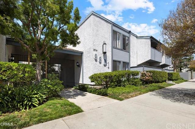 8801 Independence Avenue #25, Canoga Park, CA 91304 (#SR21163408) :: Lydia Gable Realty Group
