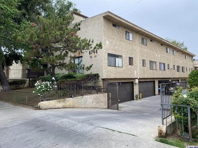 8745 Willis Avenue #111, Panorama City, CA 91402 (#320007040) :: Berkshire Hathaway HomeServices California Properties