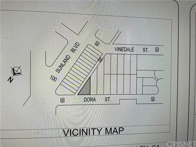10872 W Dora St, Sun Valley, CA 91352 (#SR21164055) :: Berkshire Hathaway HomeServices California Properties