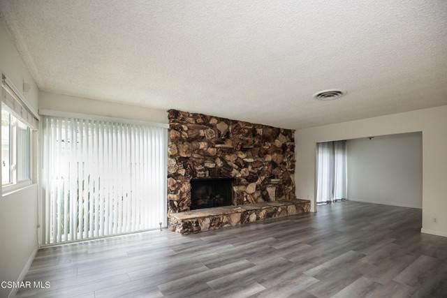 23952 Oxnard Street, Woodland Hills, CA 91367 (#221004106) :: Montemayor & Associates