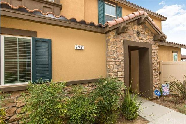 27481 Mulberry Court, Saugus, CA 91350 (#SR21164082) :: Montemayor & Associates
