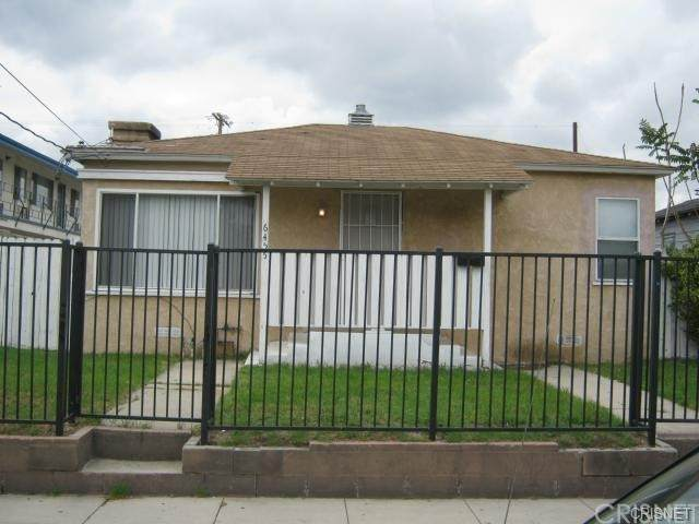6455 Troost Avenue, North Hollywood, CA 91606 (#SR21164958) :: The Parsons Team