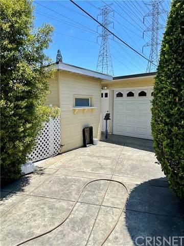 10412 Cedros Avenue, Mission Hills (San Fernando), CA 91345 (#SR21165463) :: The Parsons Team