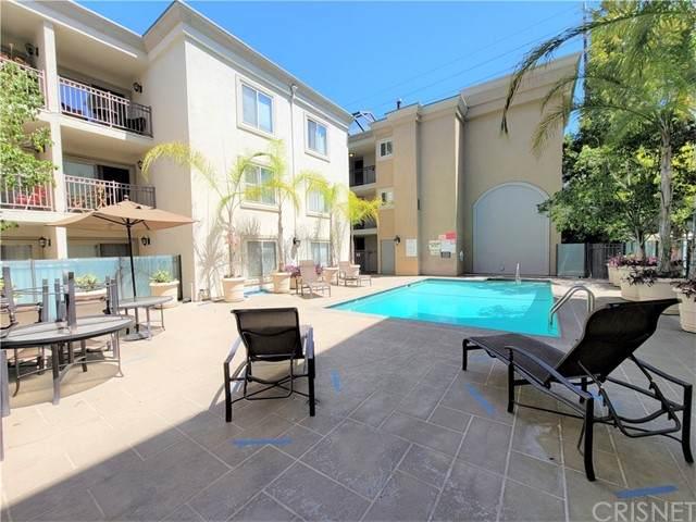 141 S Clark Drive #115, West Hollywood, CA 90048 (#SR21167772) :: The Parsons Team