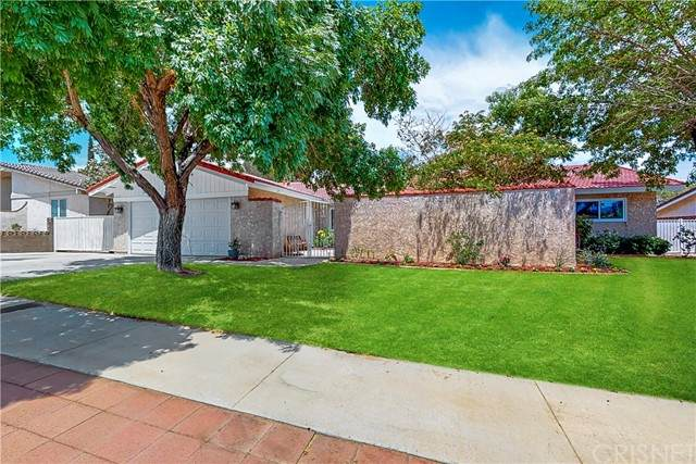 625 Callet Street, Palmdale, CA 93551 (#SR21168178) :: TruLine Realty