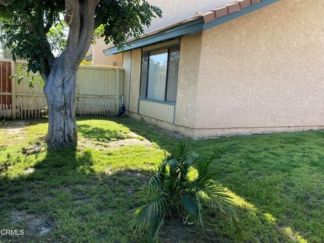 135 Sonoma Lane, Santa Paula, CA 93060 (#V1-7674) :: The Suarez Team