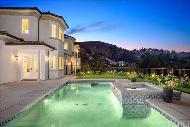 208 Bell Canyon Road, Bell Canyon, CA 91307 (#SR21176559) :: The Bobnes Group Real Estate